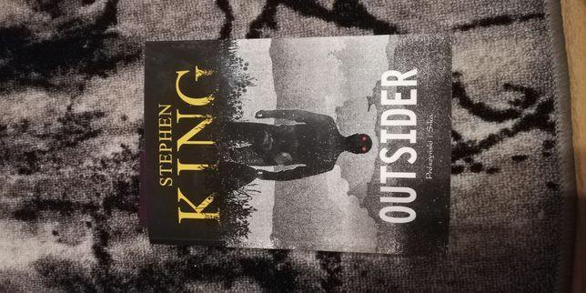 """Stephen King """"Outsider"""""""