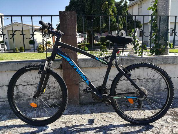 Bicicleta B-Twin Rock Rider