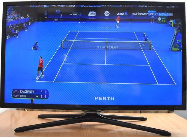 SMART TV LED 32'' Full HD Samsung UE32F5570 DVB-T/C/S z Pilotem