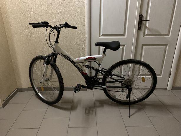 Велосипед горный 18 передач + замок велосипедный