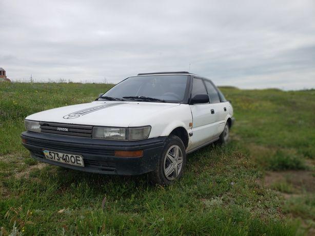 Toyota corolla e90 liftback