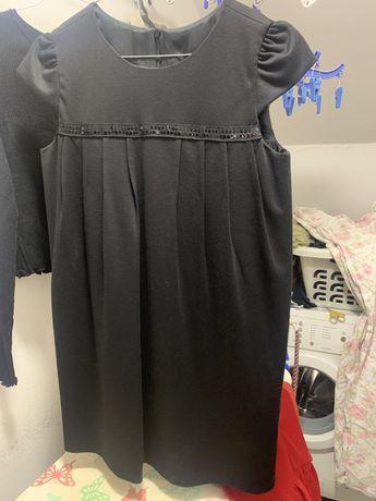 Vestido preto para menina