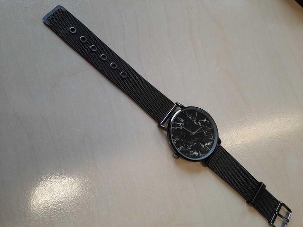 Zegarek damski sprawny jak nowy