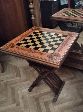 Stary Ciekawy stolik do gier w karty i szachy