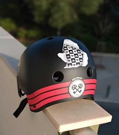 Old School helmet skateboard size S 54cm-56 cm brand pro tech