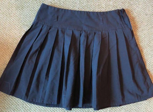 Комплект юбки школьгые 10-12 лет ( р. 146-150). Много