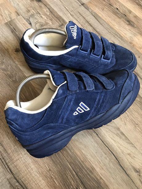 Замшевые кроссовки Adidas р.39