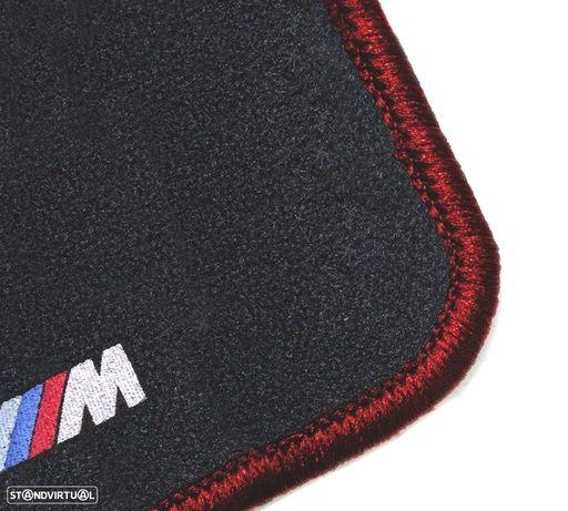 TAPETES VELUDO COM SÍMBOLO M BMW / SERIE3 E90 / CONTORNO VERMELHO