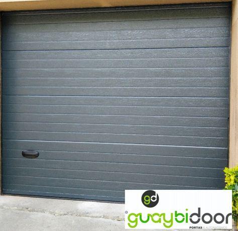 Portões de garagem seccionados