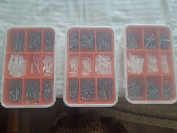 Caixa buchas e parafusos FIXA ikea