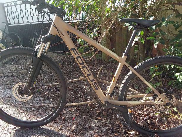 Bicicleta focus nova