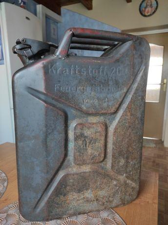 kanister wehrmacht 1942 kraftstoff 20l feuergefährlich