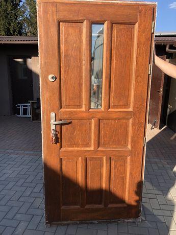 Drzwi drewniane zewnętrzne 98x208