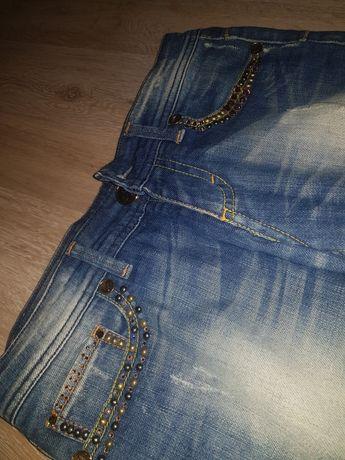 Spodnie jeans włoskiej marki just-r swarovski