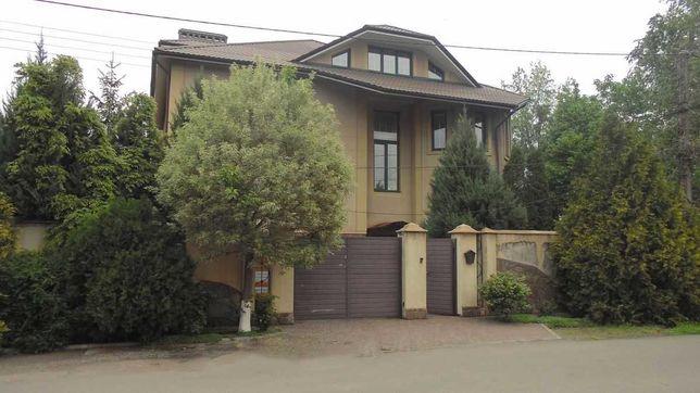 Продается элитный дом в районе 95-го квартала