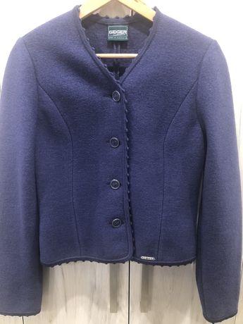 Пиджак тёплый / куртка джинсовая
