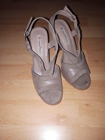 Sandałki na slupku JennyFair 37