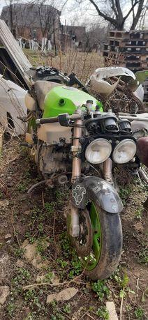 Kawasaki zx750r 97 год мотор відкапіталений проблема в проводкі