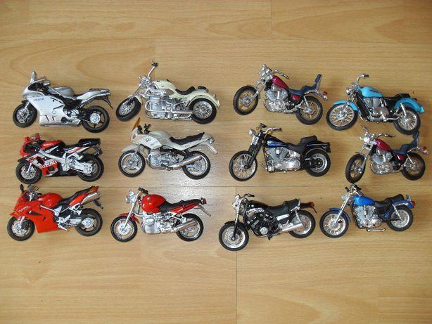 Kolekcja Modeli Model 1:18 Motocykli