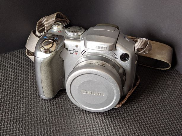 Canon IS S2