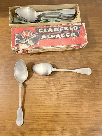 Conjunto antigo de 12 colheres em Alpaca ainda na caixa
