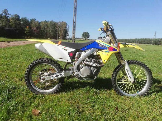 Suzuki RMZ450 na wtrysku