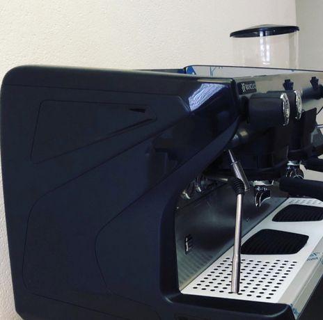 Кофемашина для кафе новая