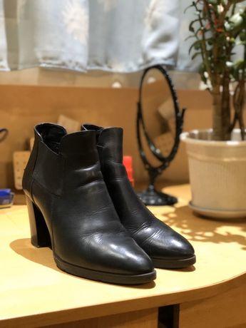 Ботинки женские Marco Tozzi демисезонные.