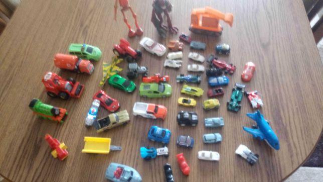 Zabawki samochody