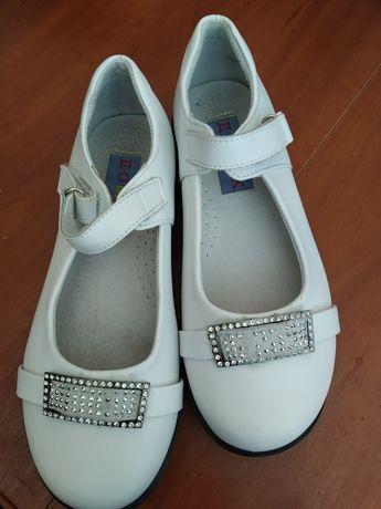 Туфлі дитячі 32р