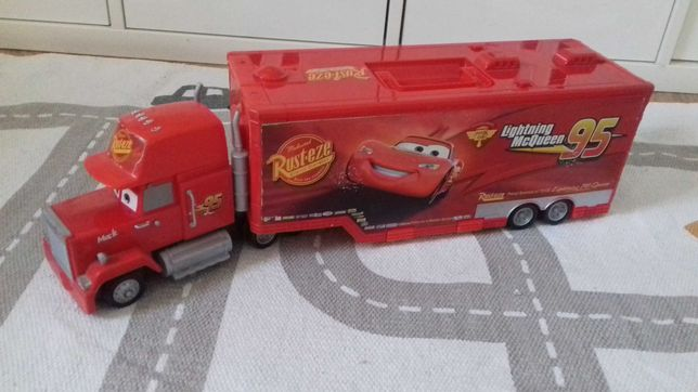Maniek transporter Auta Cars