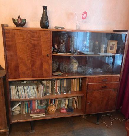 Stare meble - antyki, biblioteczka