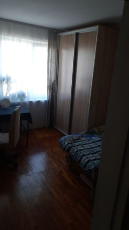 Аренда комнаты для девушки Киев Оболонь.