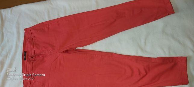 Spodnie Stradivarius rozm 36 czerwone