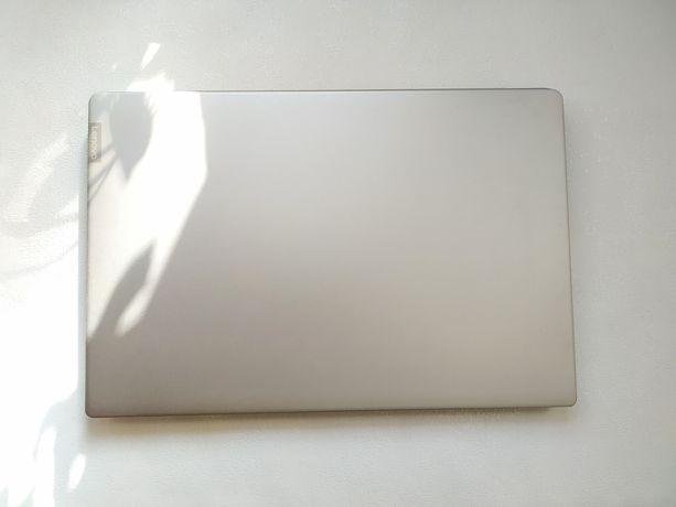 Ноутбук Lenovo IdeaPad 330S-15IKB (81GC000QCK) Platinum Gray