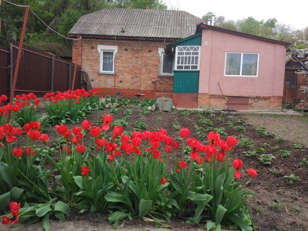 Продам свой дом с гаражем на ул.Пригородская(Советская) в центре