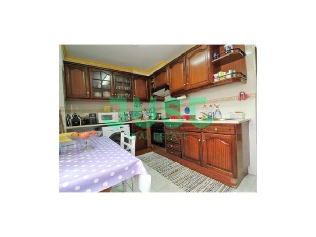 Apartamento de 3 Assoalhadas em Pinhal de Frades