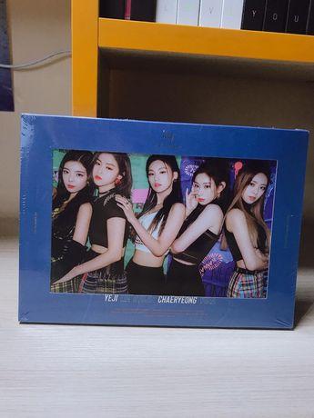 Itzy - It's me (2nd mini album) + плакат