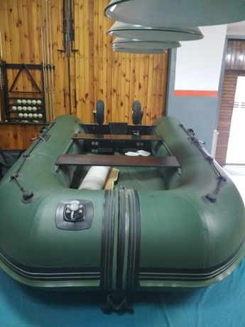 Срочно !!!Лодка Надувная Килевая Резиновая Elling pilot 310