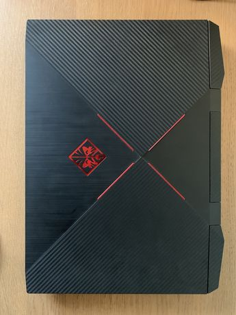 HP OMEN 15 CARBON EDITION