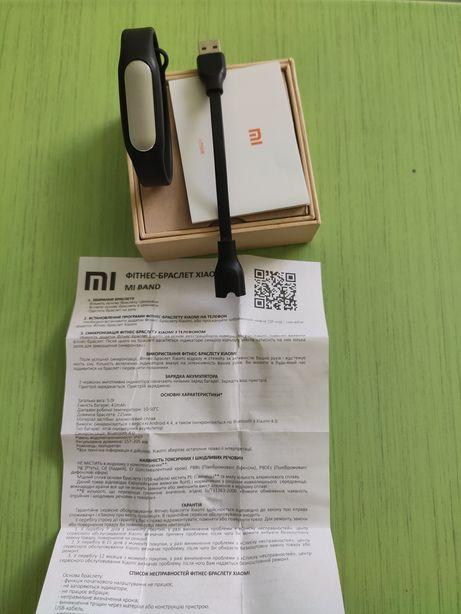 Продам фитнес браслет Xiaomi Mi Band (1)