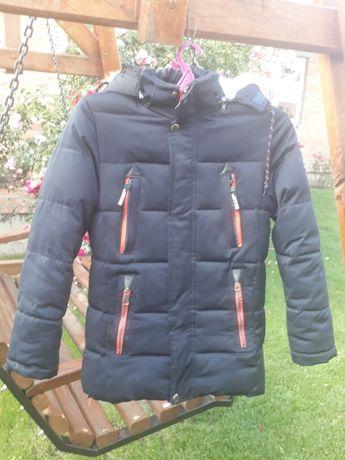 Продам куртку зимову на хлопця 13-14 років