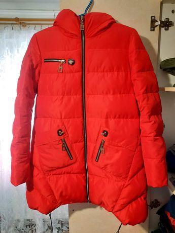 Зимова куртка жіноча