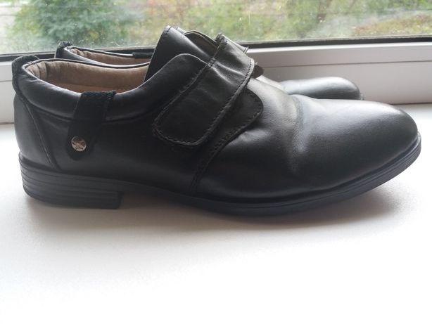 Шкіряні туфлі 38 розмір