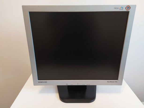"Monitor Samsung SyncMaster 710v, 17"" + kabel zasilający"