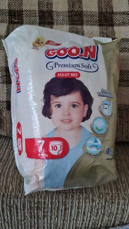 Памперсы Goo.N (куплены в Турции ради одного памперса)