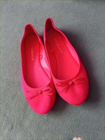 Czerwone baleriny Primark