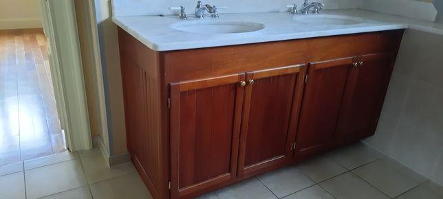 Szafka łazienkowa z dwoma umywalkami, meble
