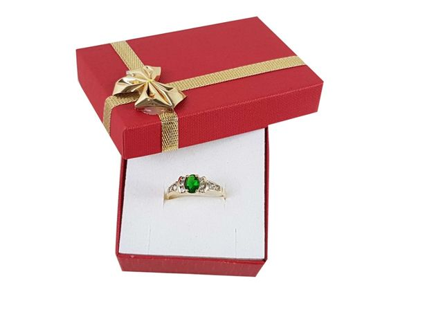 Złoty pierścionek z zielonym oczkiem i cyrkoniami P585 2,48G R20