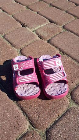Sandały adiddas  rozmiar 21
